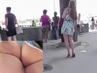 Appetizing ass of the amateur gal in the public upskirt