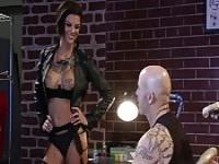 Bonnie Rotten fucks the tattoo artist