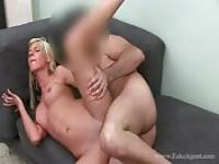 Amateur blonde passing a casting like a pro
