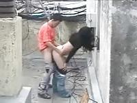 Babe fucked on the roof