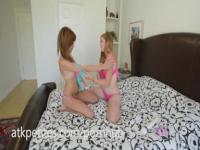 Kaylee Haze and Lara Brooks Fuck Each Other Silly