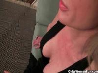 Mature mom's swollen clit needs attention