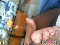 Ebony footjob with happy end