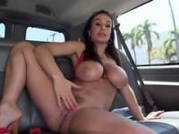 Milf Lisa Anne with hot booty is acting in reality porn movie
