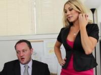 Playgirl is acting in blowjob adult video in office