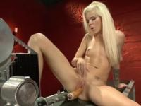 Teenage is acting in closeup sex action