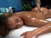 Teenager Teanna with hot bum in massage porn scene