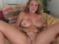 Blonde amateur Brooke Wylde with hot big ass is acting in masturbation xxx action