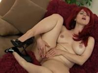 Redhead mom in masturbating porno