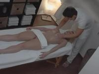 Blonde in massage porno video