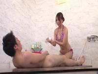 Jessica Kizaki in Working Girl im Mens Ästhetik Salon Teil 2