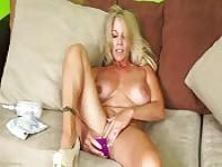 Mature women masturbating