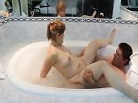 Old couple bathtub fucking