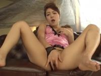 Handsome Japanese mom Nana Ninomiya is weared in hot lingerie
