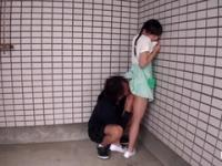 Comely Japanese teen gal gives a magic BJ out-of-doors