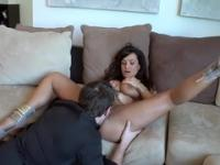 Incredible buxomy MILF Lisa Ann making a kinky fetish performance