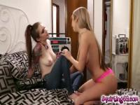 Anna & Kat finger their squirting pussies