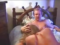 Wife sucks her hubby