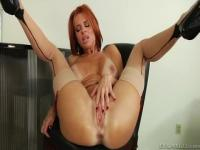 Unearthly busty Veronica Avluv makes sensuous blowjob