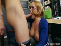 Hot yellow-haired Krissy Lynn in real blowjob video