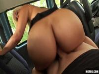 Enticing young gal Blondie Feser