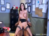 Honey brunette latin mom Ariella Ferrera having an interracial experience