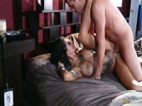 Pornstar Sex-Video mit Bonnie Rotten und Xander Corvus.