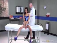 Seducing latino Veronica Rodriguez featuring hot creampie