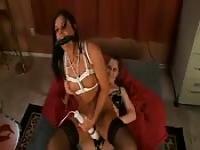 Ruwe lesbische spuiten Porn