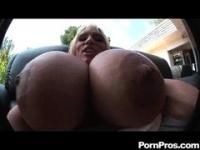 Balloon boobs get jizzed