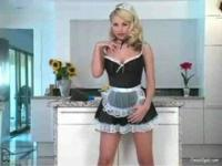 Sandy Summers cleans your kitchen 1