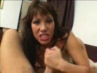 Ava Devine has a really deep throat