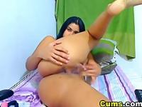 Natural Huge Tittied Latina