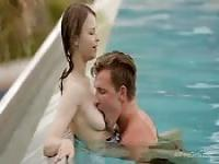 Couple gets passionate in the pool