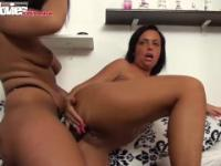 FunMovies Two thick german amateur lesbians