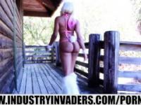 IndustryInvaders- Jayla Foxx Bunny 3some AWESOME !