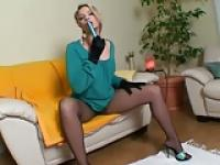 Milf in pantyhose uses toy