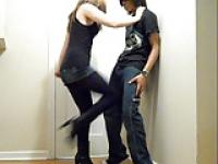 Ballbusting - Teen Brutal Rapid Kneeing!!