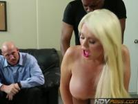 HDVPass Big Titty Krankenschwester Alexis Ford reitet Dick